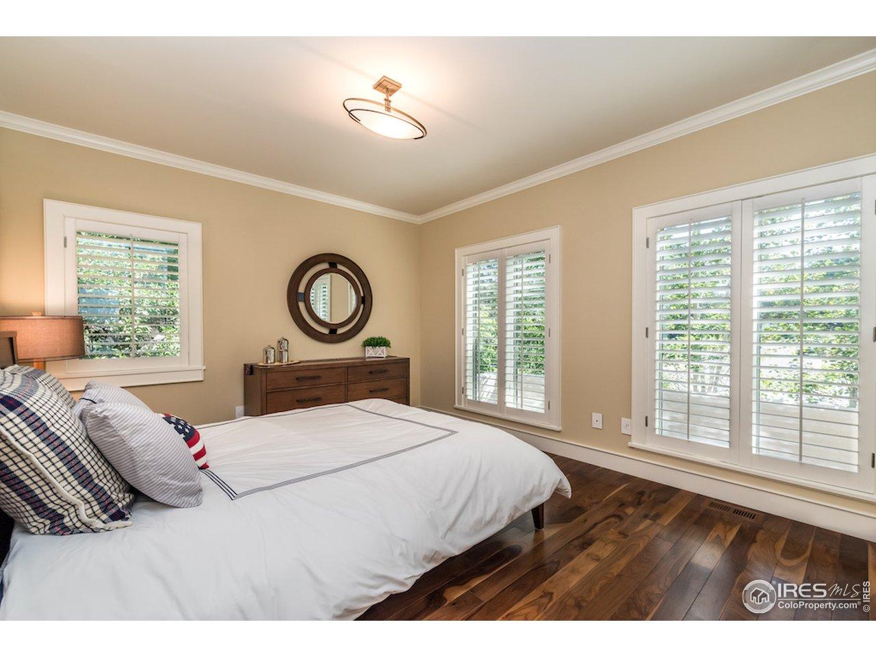 Bedroom #3 w/ Wedgewood Built-Ins