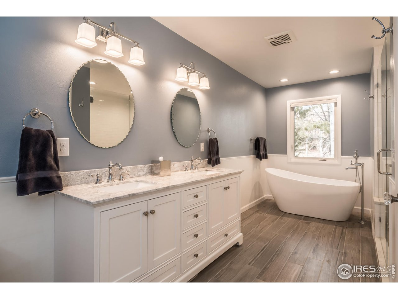 Brand New Luxury 5-PC Bath w/ Radiant Heat Floors