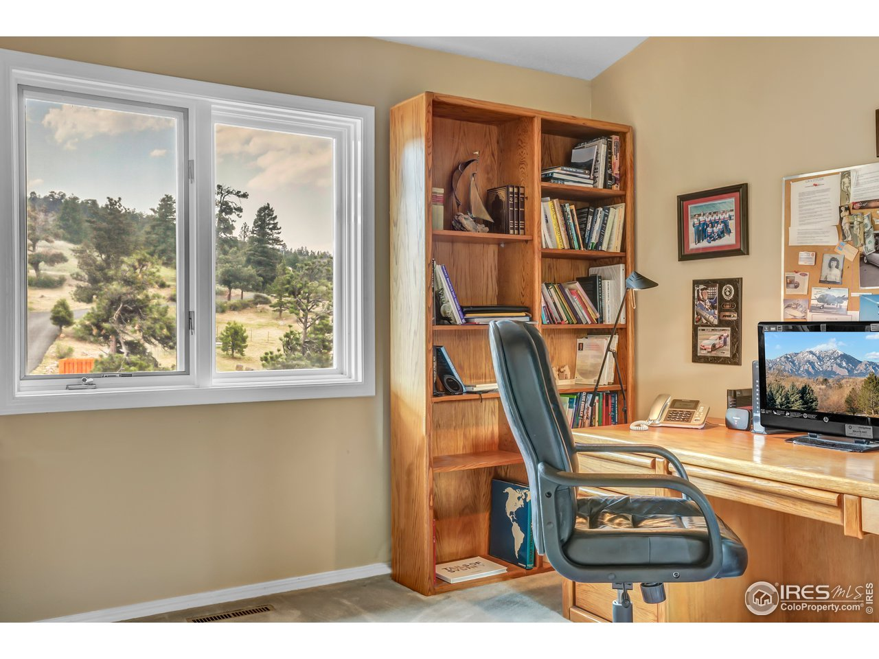 2nd bedroom used as an office