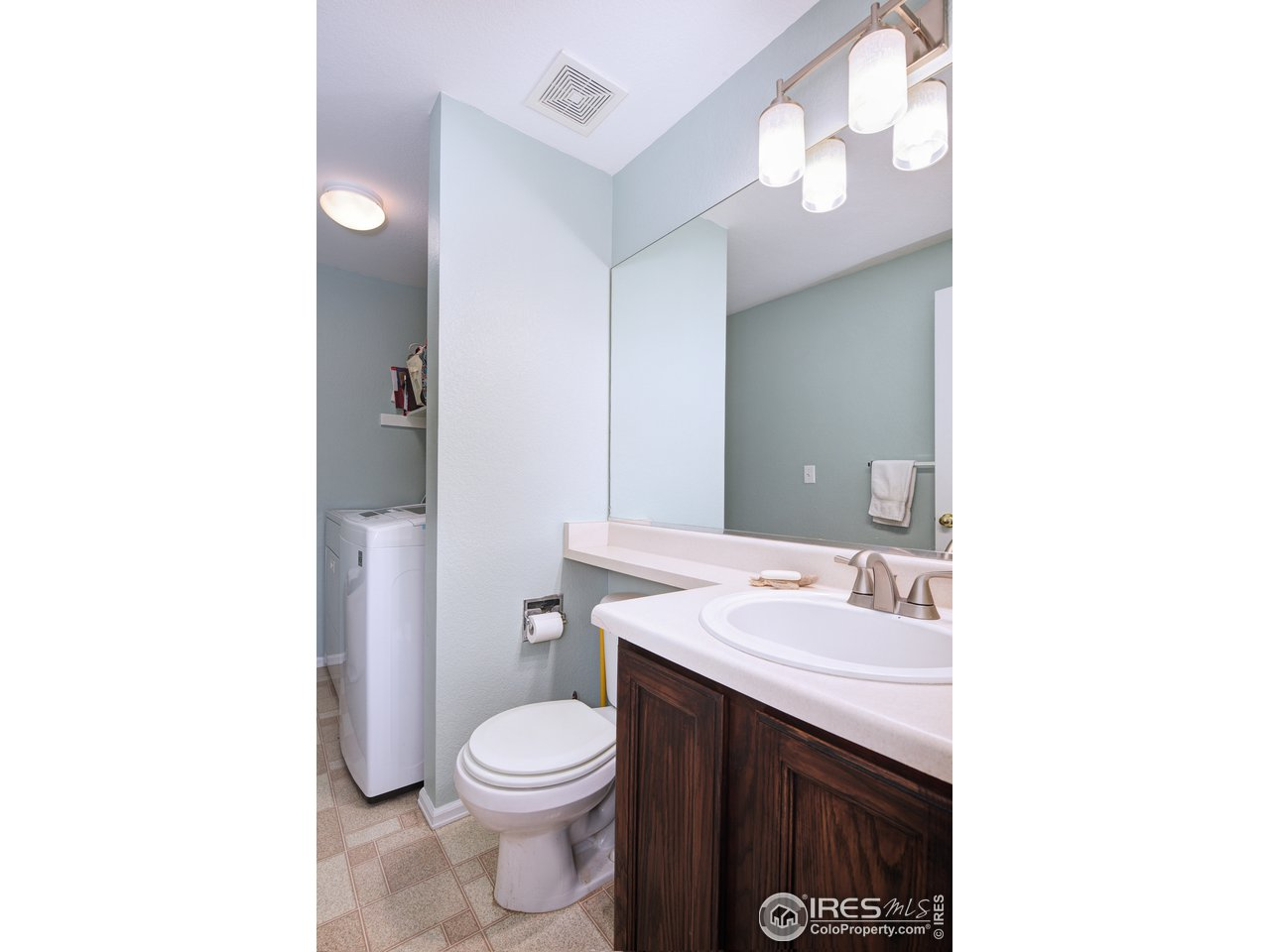 Powder room and Laundry Room