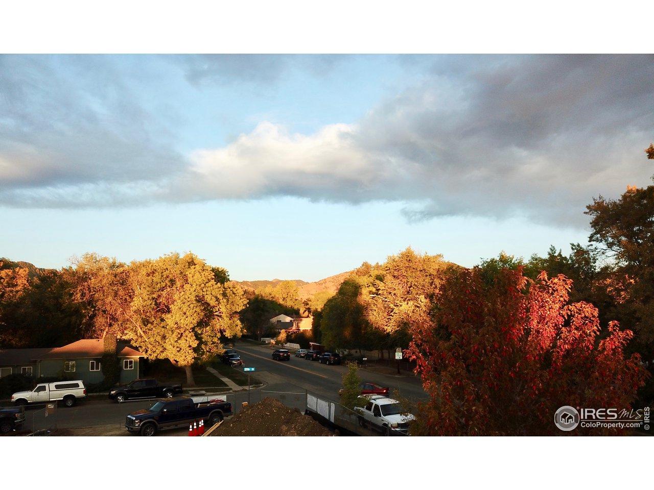 NW Corner Mt Sanitas Views