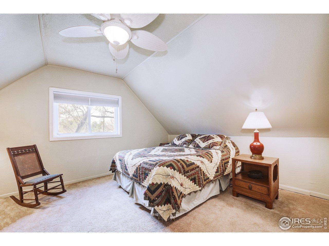 upstairs 2nd Bedroom