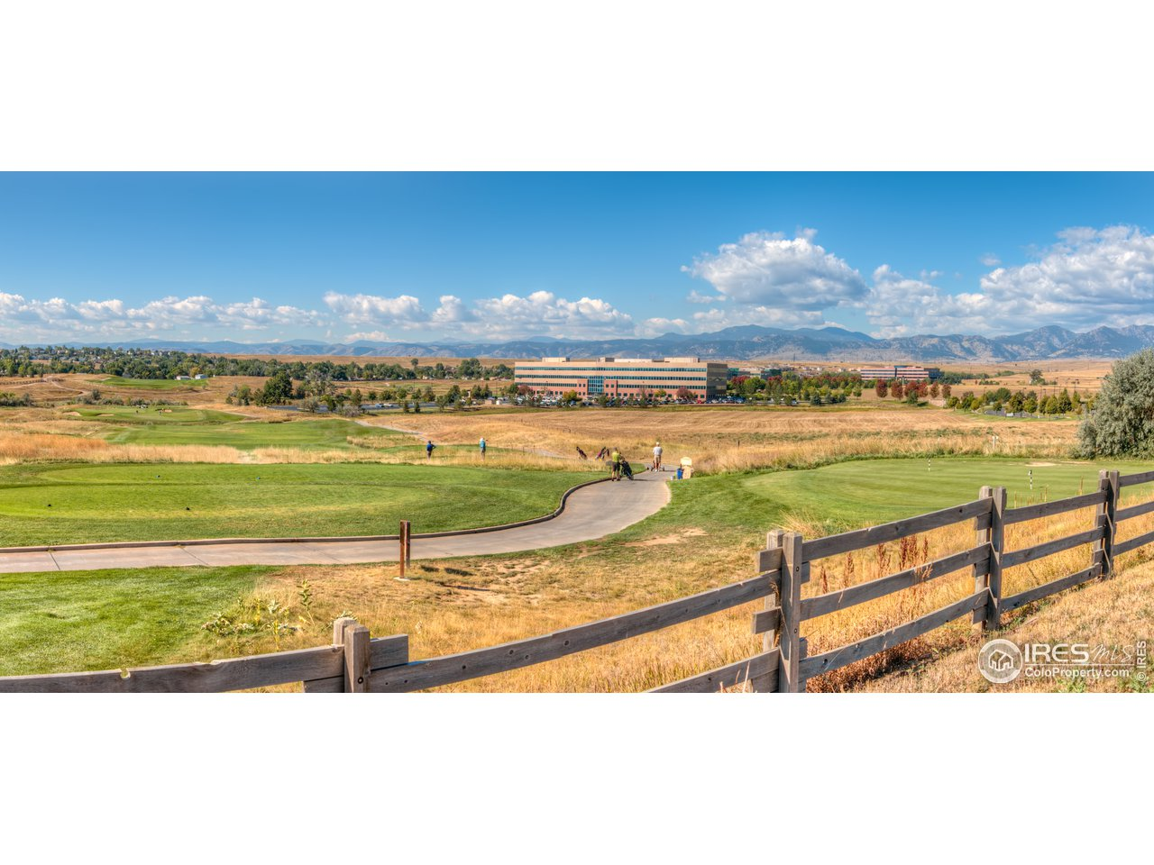 Heritage Golf course just a 5 minute drive away!