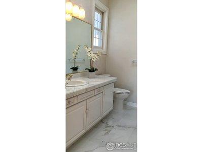 Upper Master Suite Bath 1