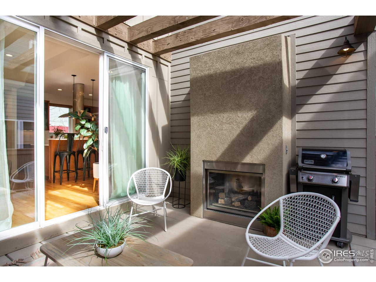 Courtyard patio with gas fireplace