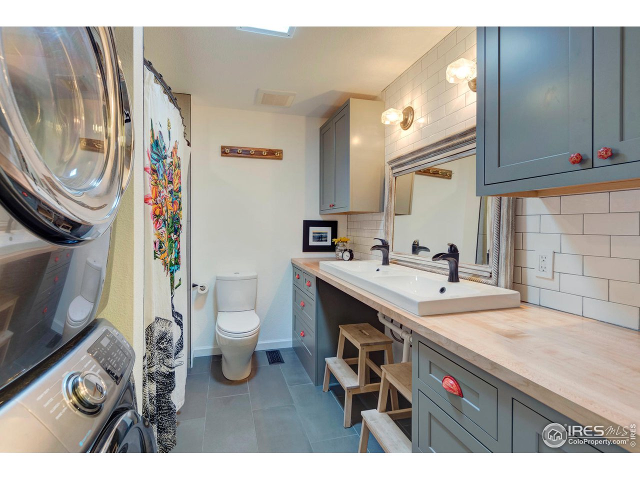 Completely Renovated Full  Upper Bath and Laundry
