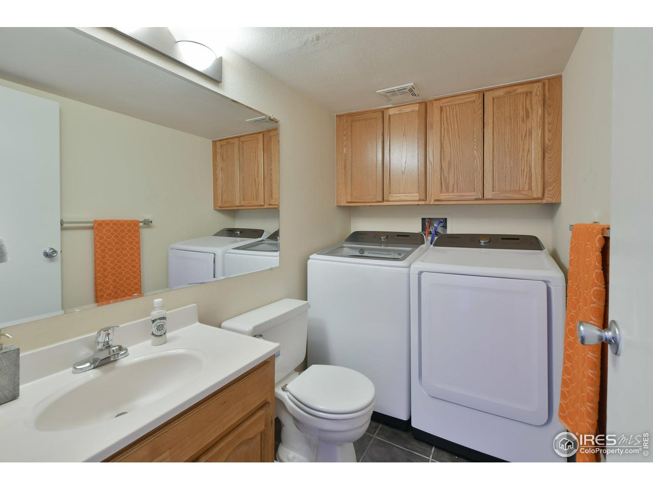 Main Level Bath and Laundry