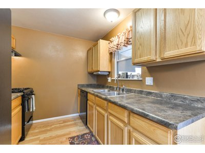 Lots of Space in Kitchen