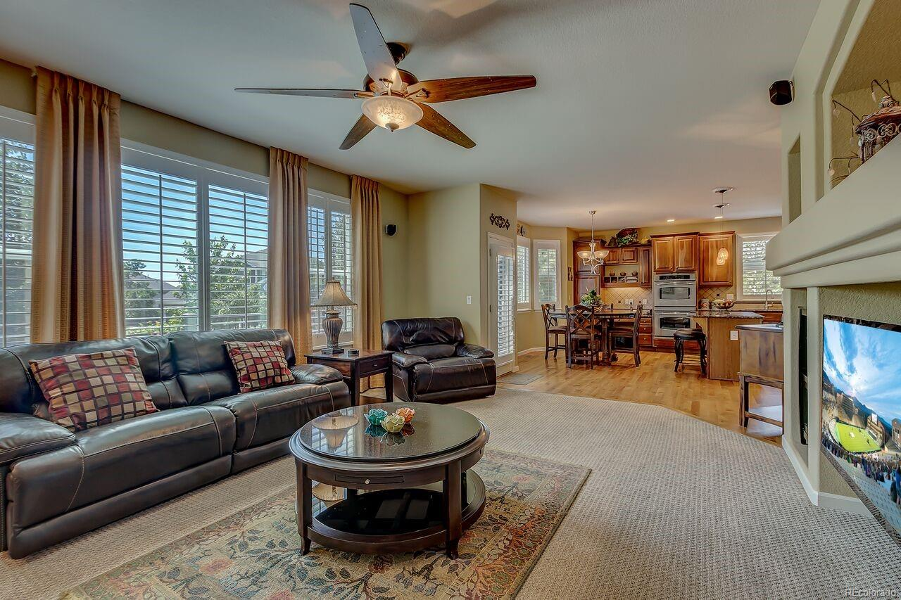 family room off the kitchen/dining nook