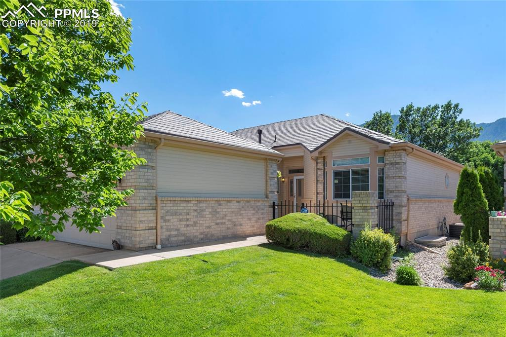 Awesome D12 Patio Home with 3000+ sf and VIEWS!