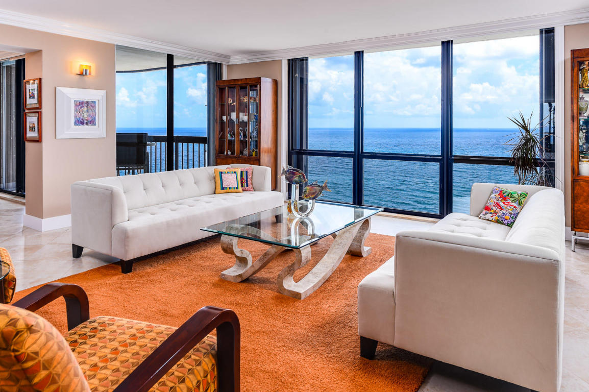 INTERIOR OCEAN VIEWS