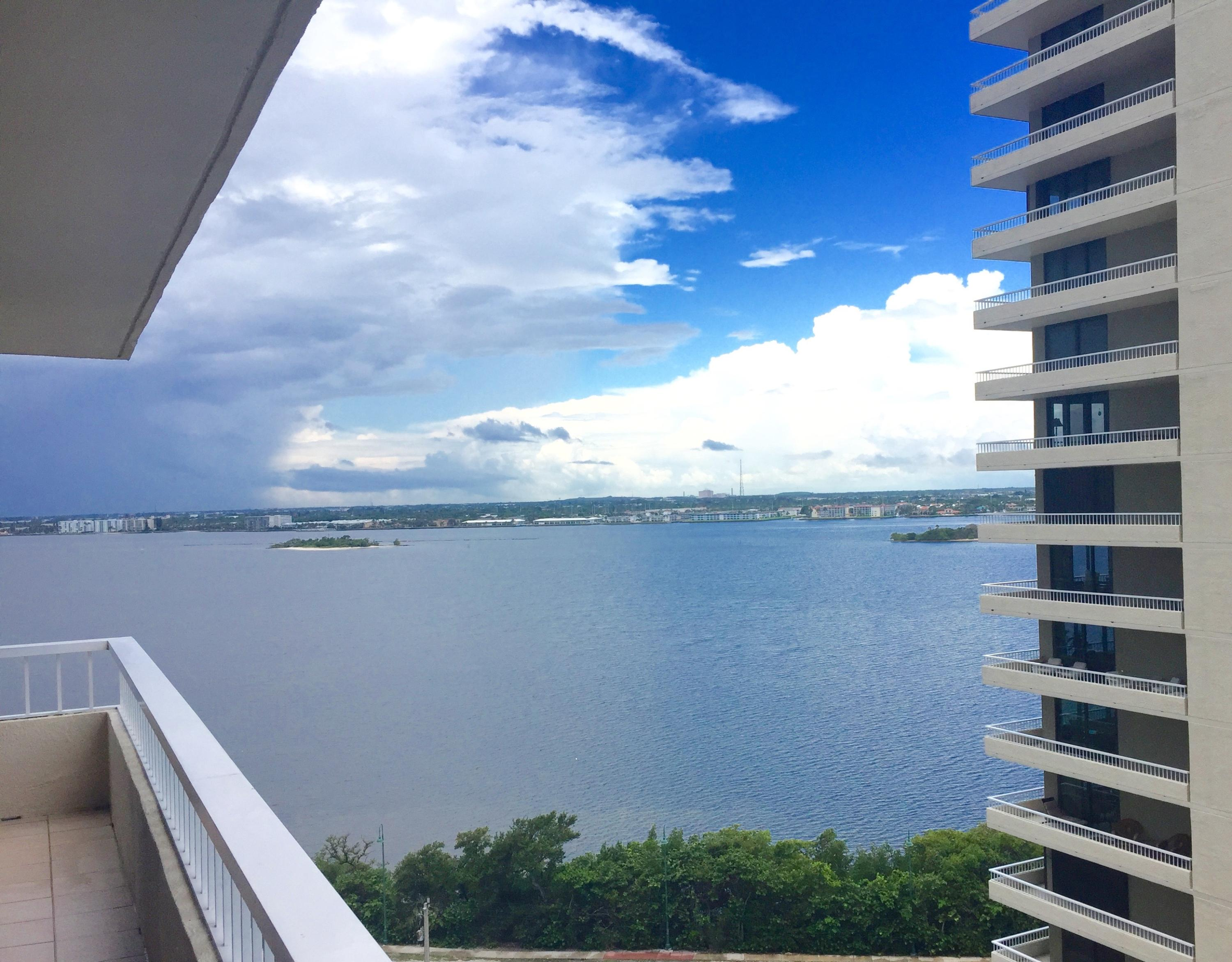 INTRACOASTAL WATERWAY VIEW