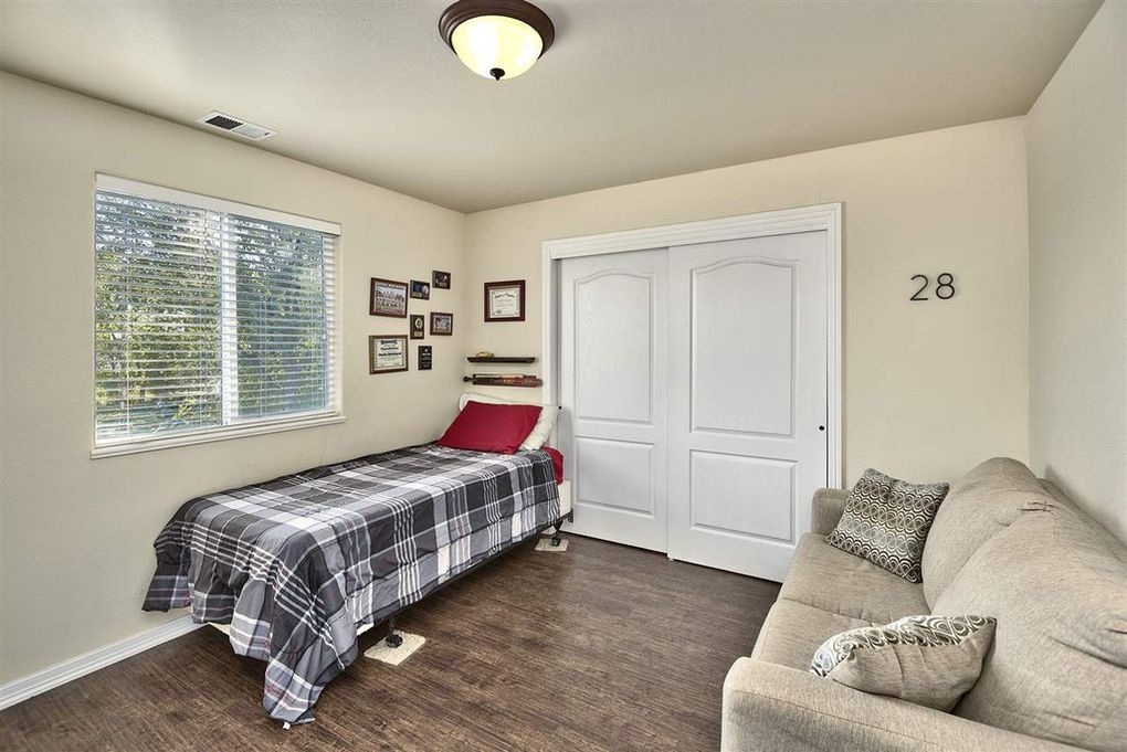 3rd Bedroom located upstairs