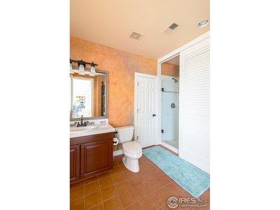 En suite baths in every bedroom