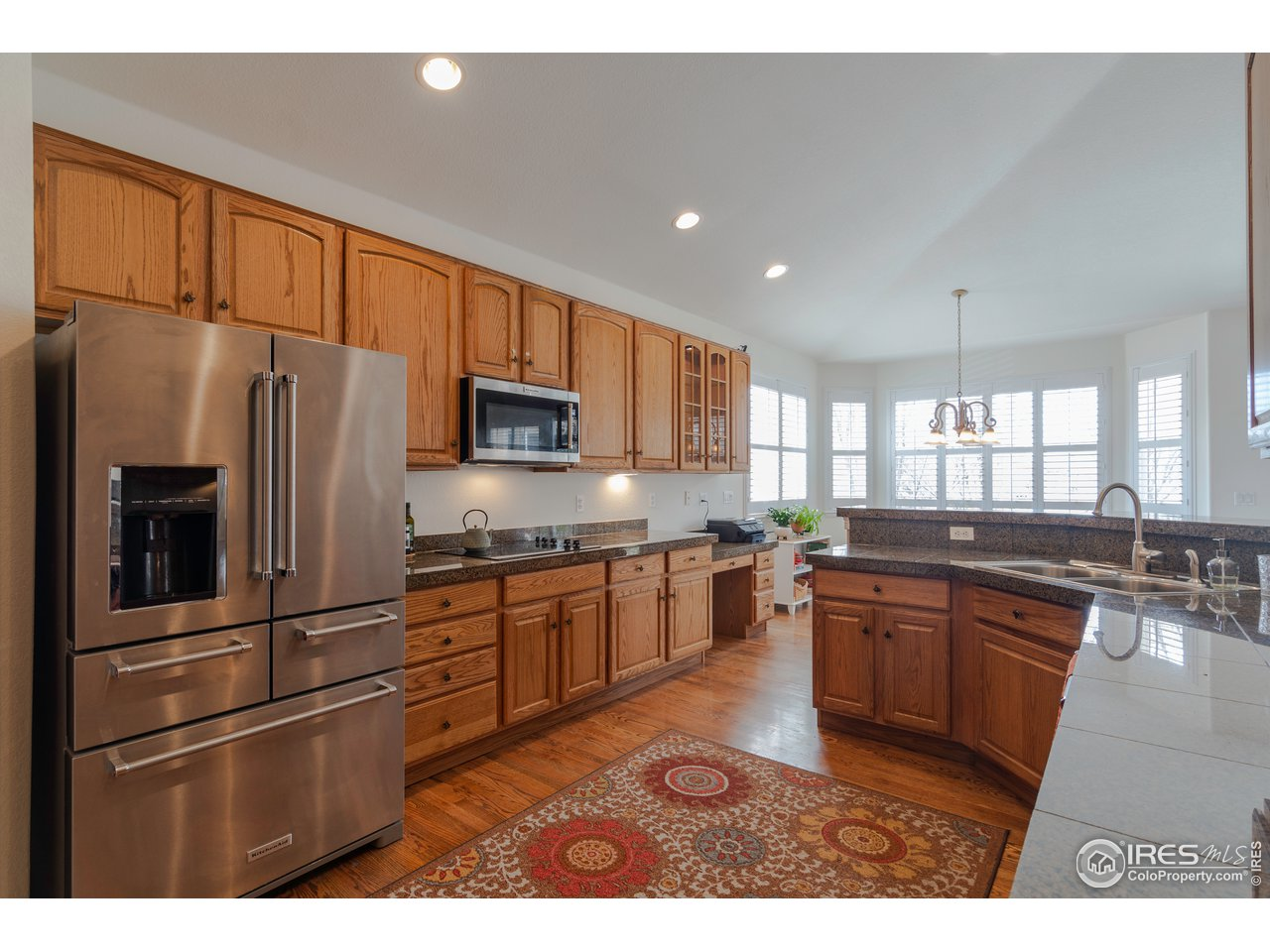 Chefs kitchen has so many cabinets, stainless appliances and great sized walk in pantry!