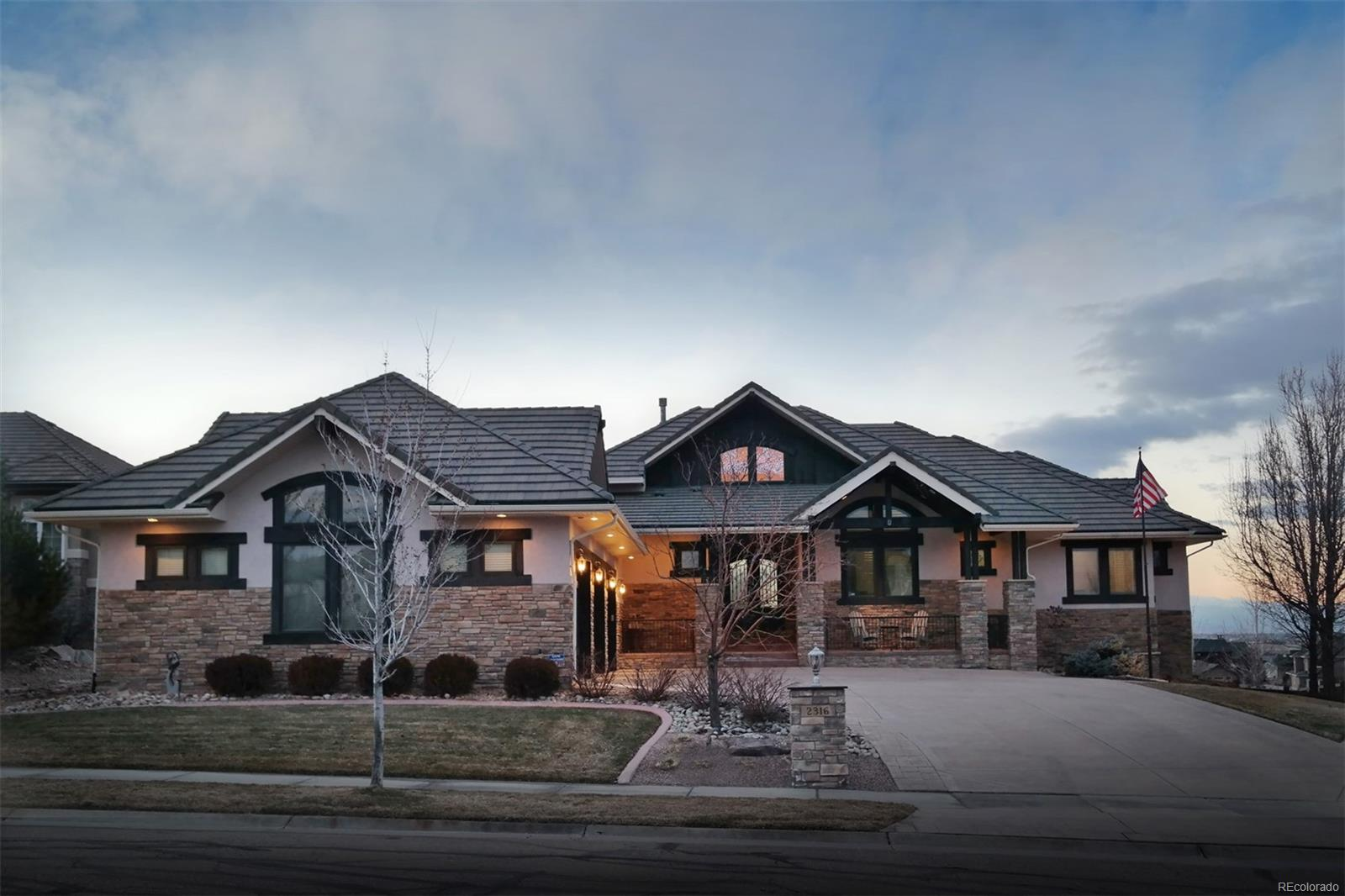Distinctive Ranch Home on Colo Nat'l Golf Course