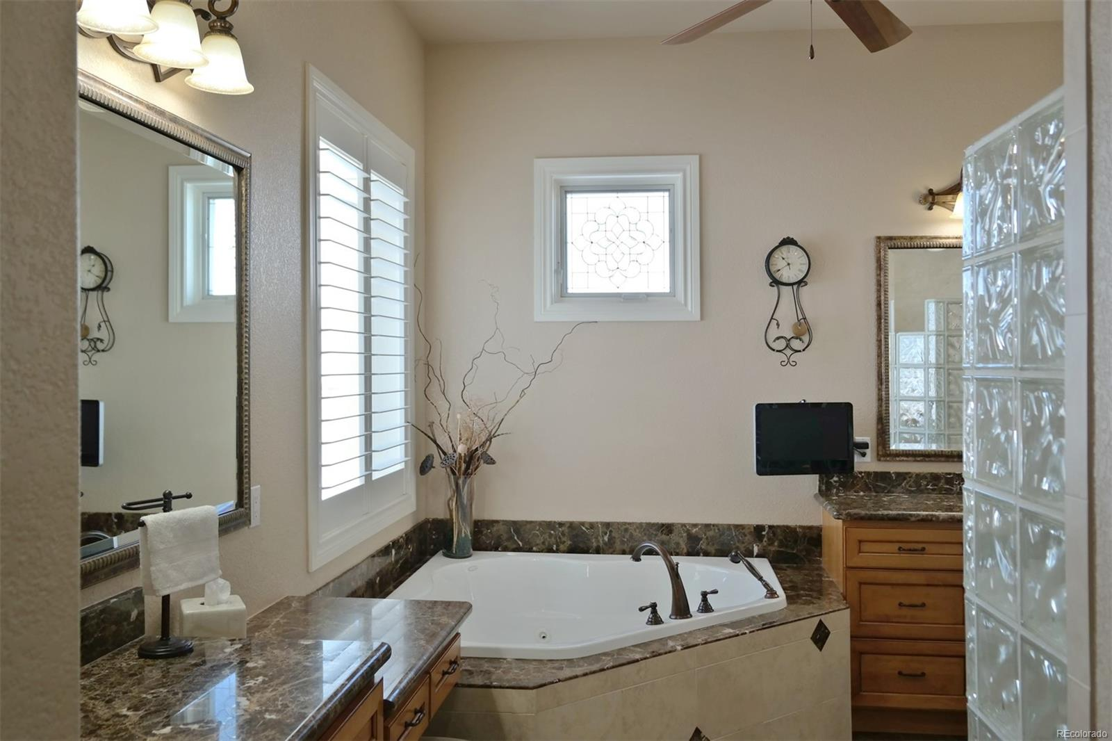 Master Bath Corner Soaking Tub