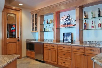 Custom Cabinets, Shelves, Granite & Appliances