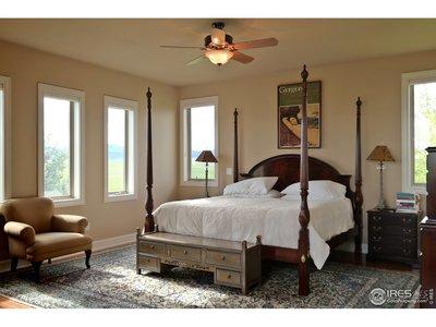 Elegant Master Retreat w/Mountain Views