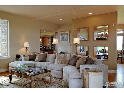 Spacious & Comfortable Open Living Area