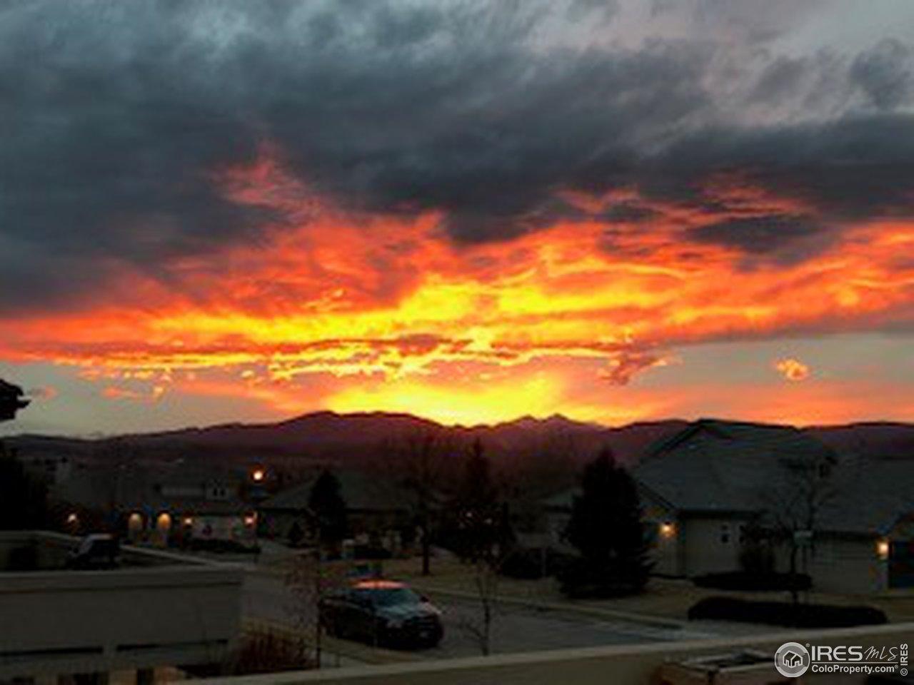 Enjoy Unforgettable & Stunning Sunsets