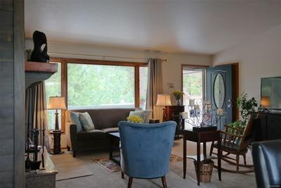 Enjoy Entertaining & Relaxing in Spacious Rooms