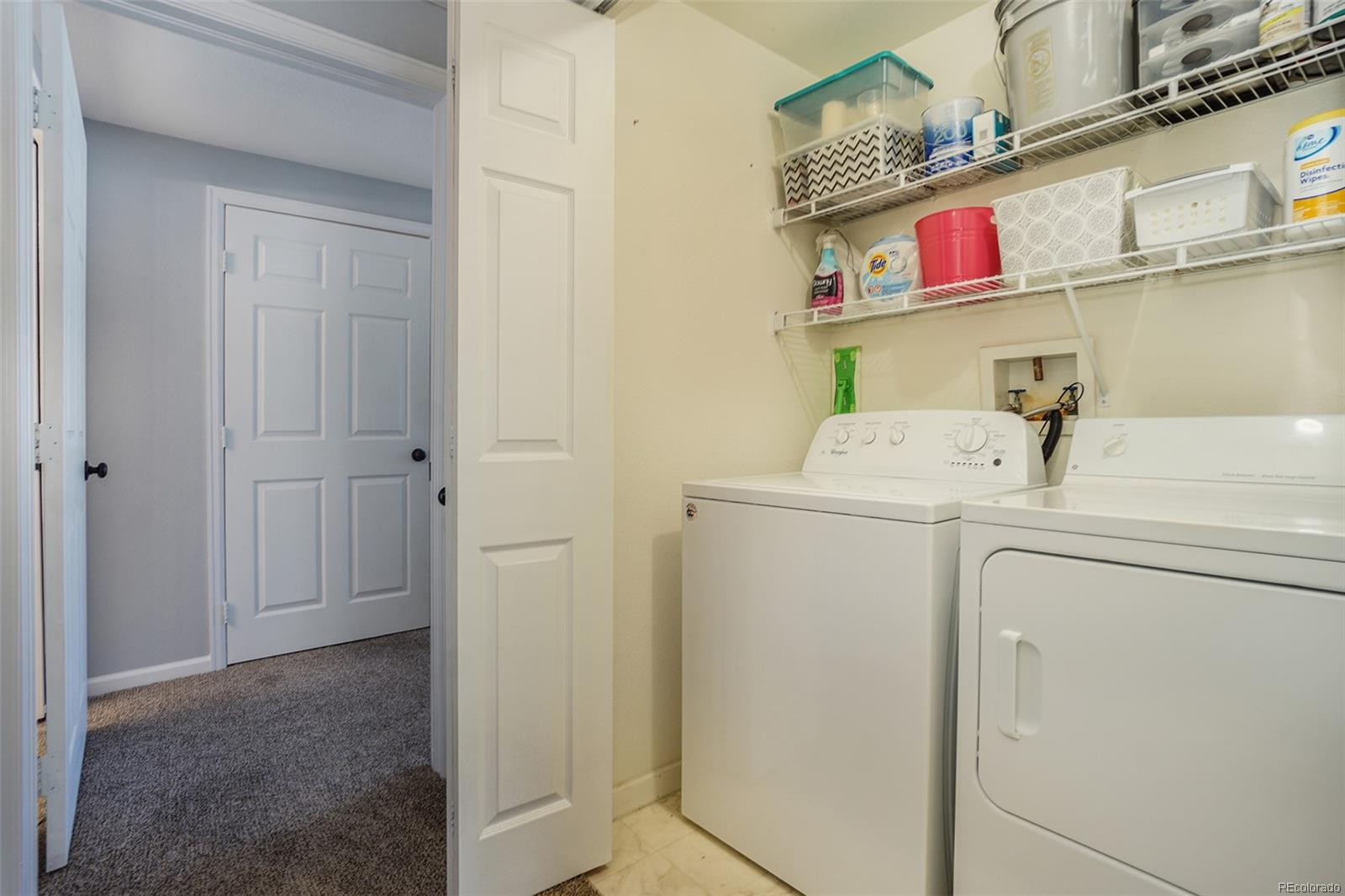 Enclosed laundry room - W & D included!