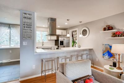 The open & bright floorplan and designer kitchen that you've been looking for!