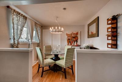 Formal dining room/nook that you will love