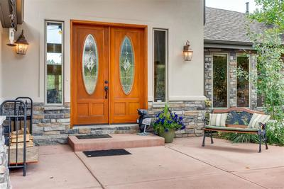 Year round this entry way welcomes your guests to your home and prepares them fo