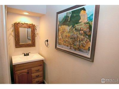 Main Floor 1/2 Bath