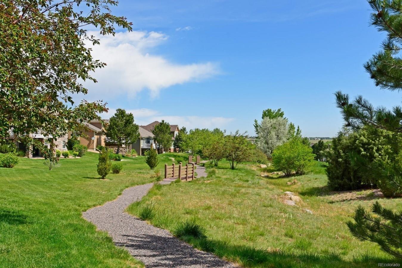 Very quiet community for peacefull walks