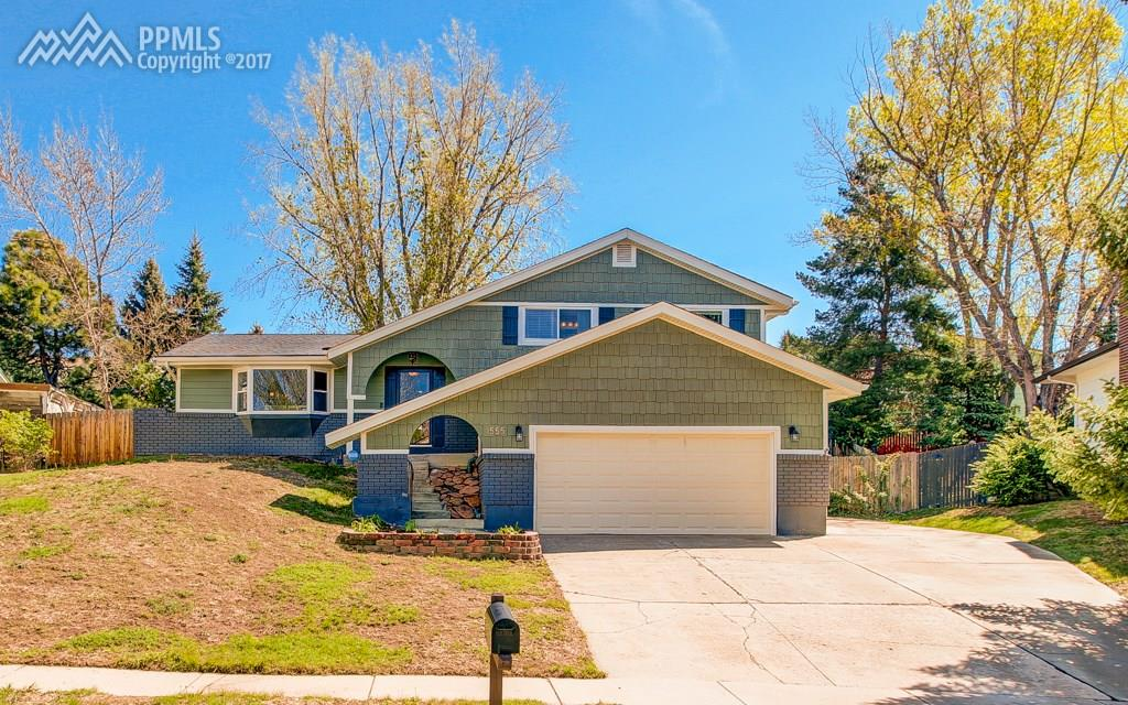Must See Multi-Level Home!