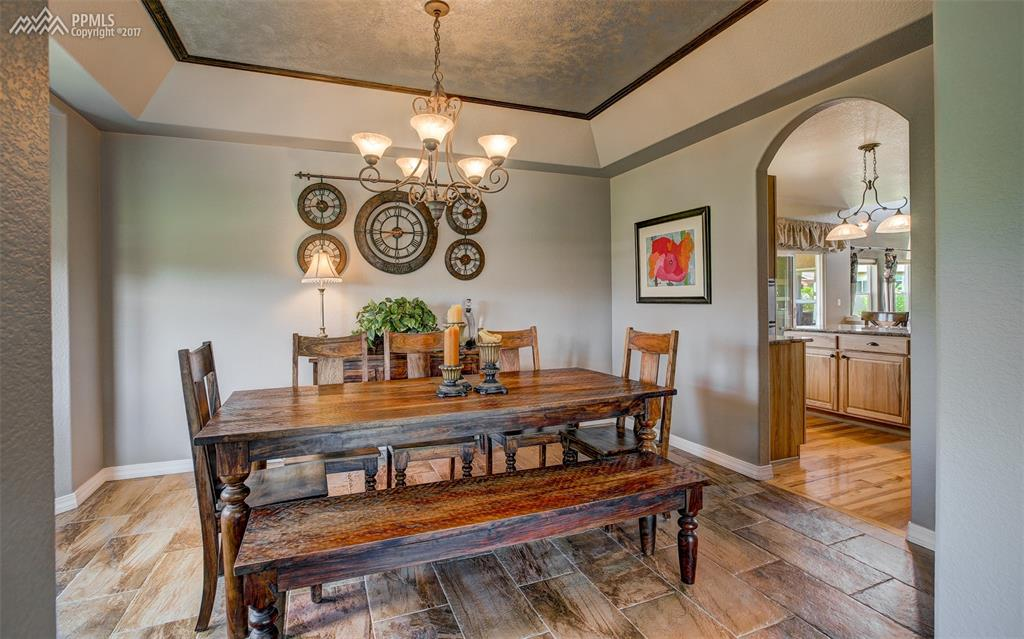 Magnificent Fomal Dining Room W/ Coffered Ceiling