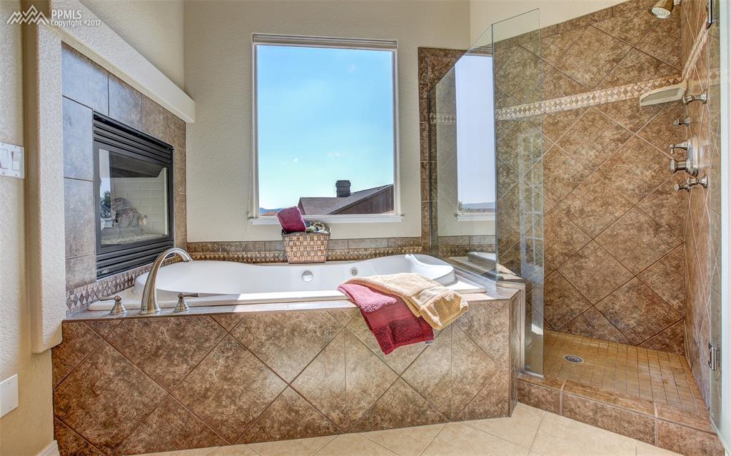 Self Warming Soaking Tub Will Melt Away The Stress