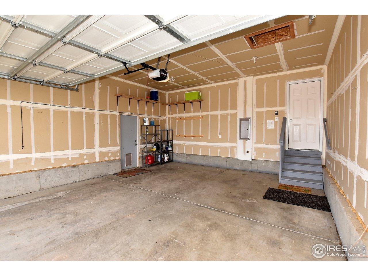 Attached Garage w/ dog turnout