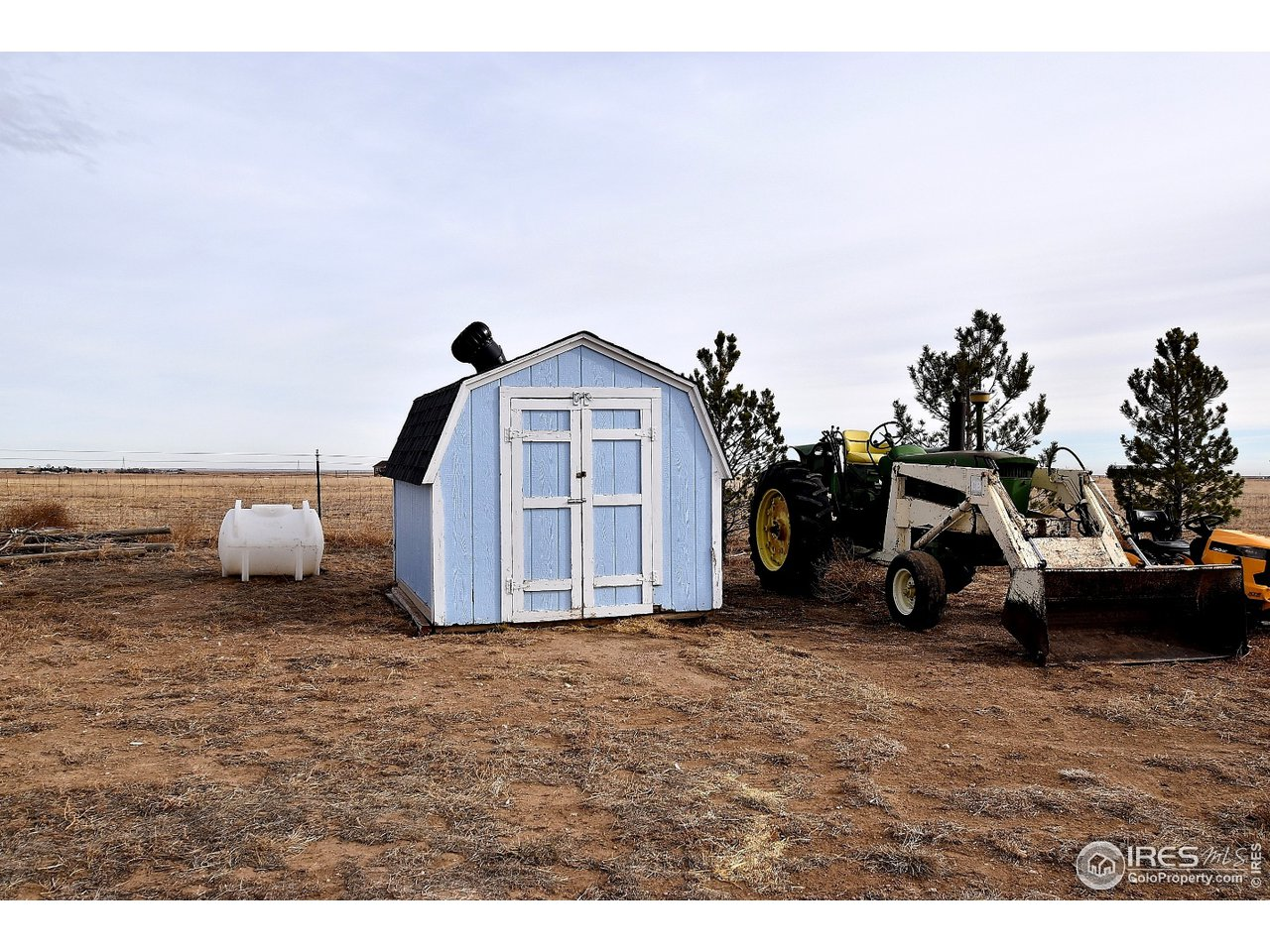 Chicken Coup (JD Tractor is for sale)