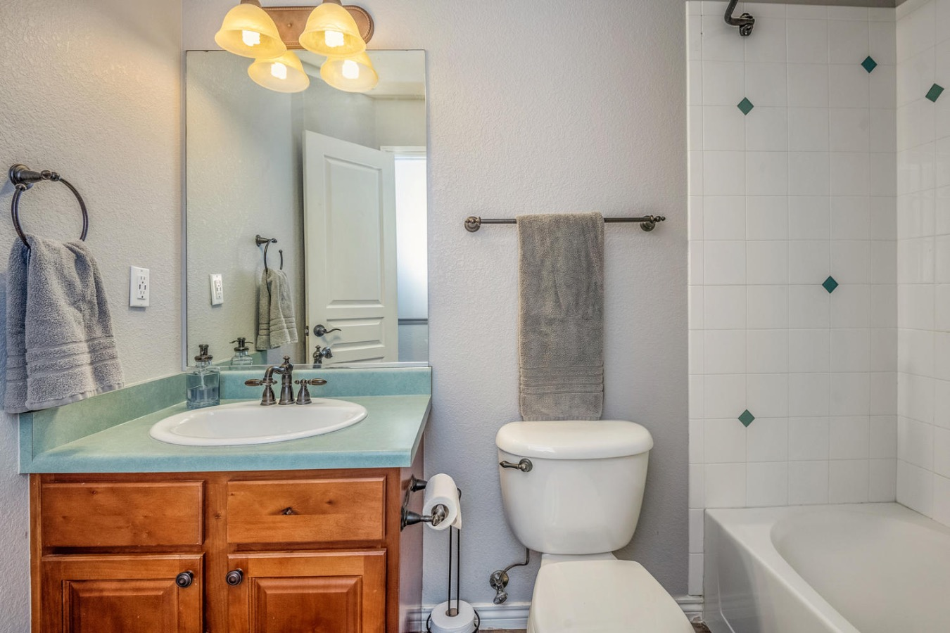 Private Bathroom in Bedroom 3