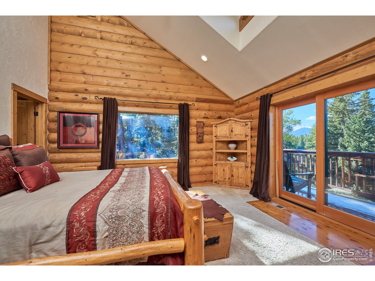Master bedroom with Mtn and Lake views
