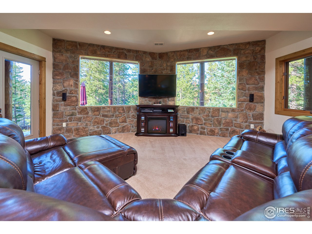 Large rec room with lake views