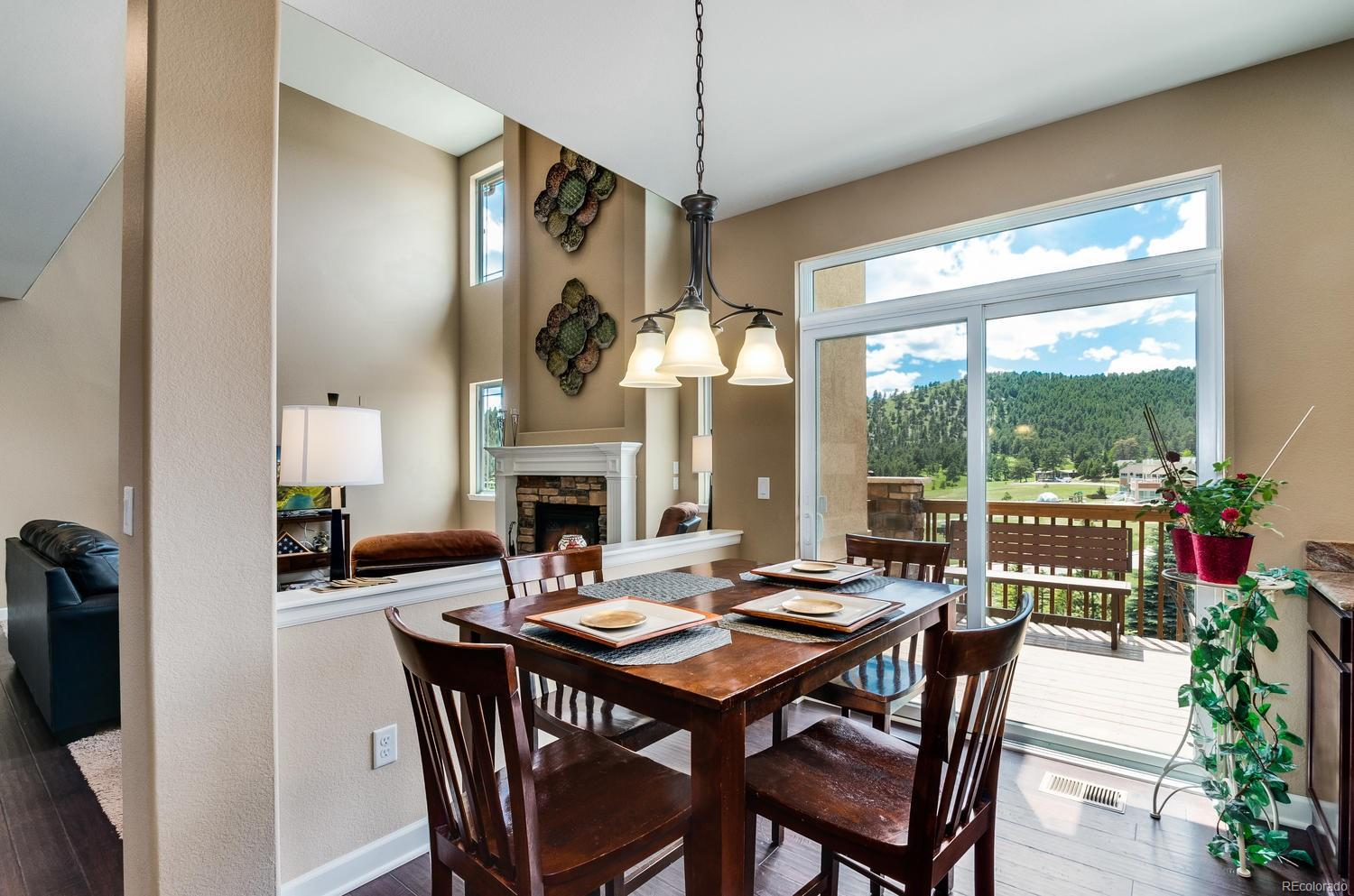 Memorizing Mountain Views From Kitchen Eating Space