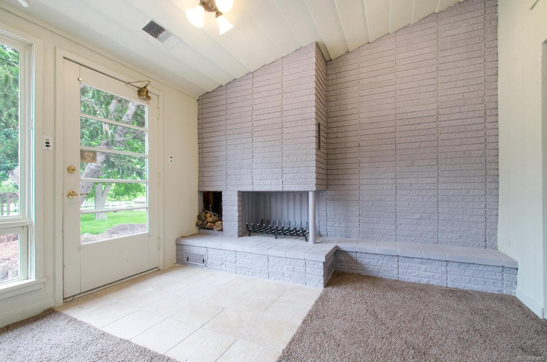 Spacious Mountain Contemporary Sun Room w/ Fireplace