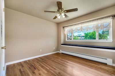 3rd Bedroom w/ Window Seat for Day Dreaming!