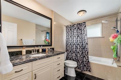 Remodeled Main Floor Bath