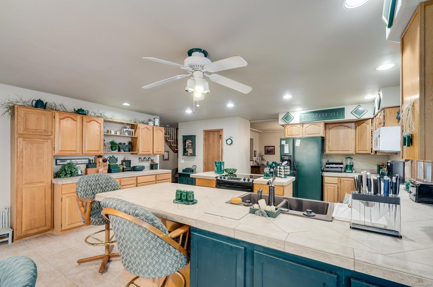 Spacious Kitchen with Numerous Cabinets