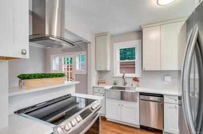 Brand new Stainless Steel Appliances!