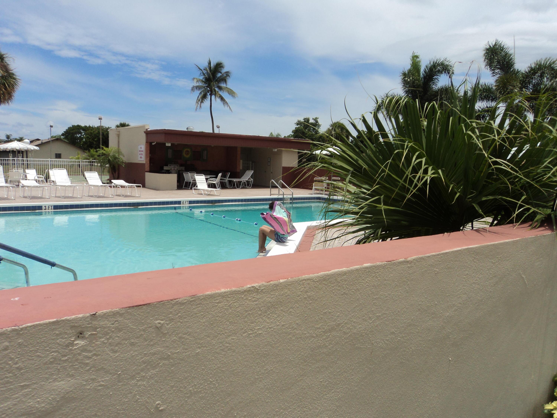 Com Pool