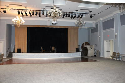 Clubhouse Theater/Ballroom