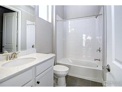 Bath1 w/ bedroom