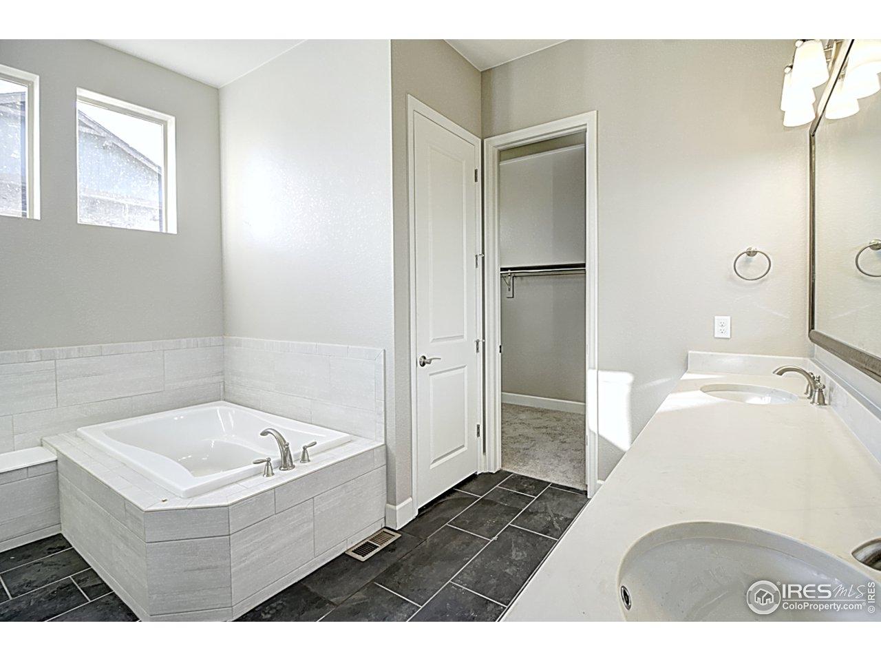 5-piece master bath
